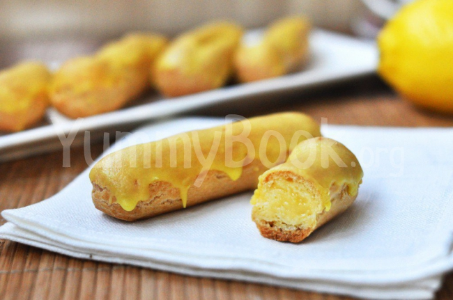 Eclairs with Lemon Cream