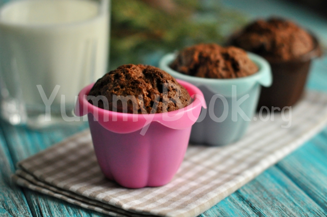 Chocolate Muffins with Cherries
