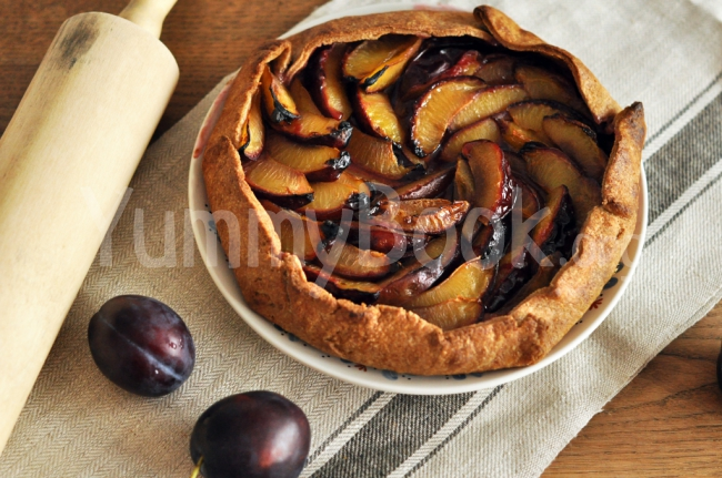 Whole Wheat Galette with Plums