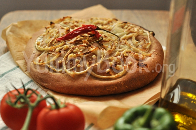 Onion Focaccia with Cheese