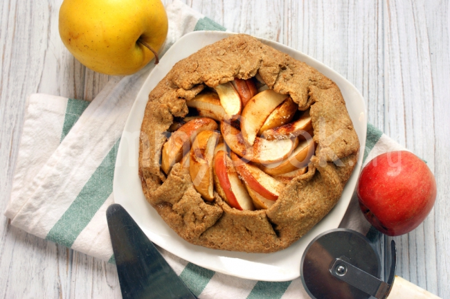 Whole Wheat Galette with Apples